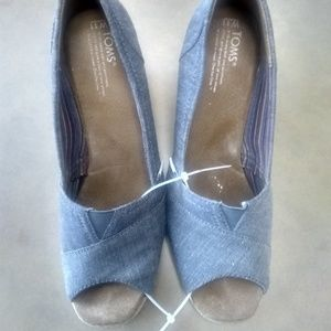 TOMS Denim wedges size 11